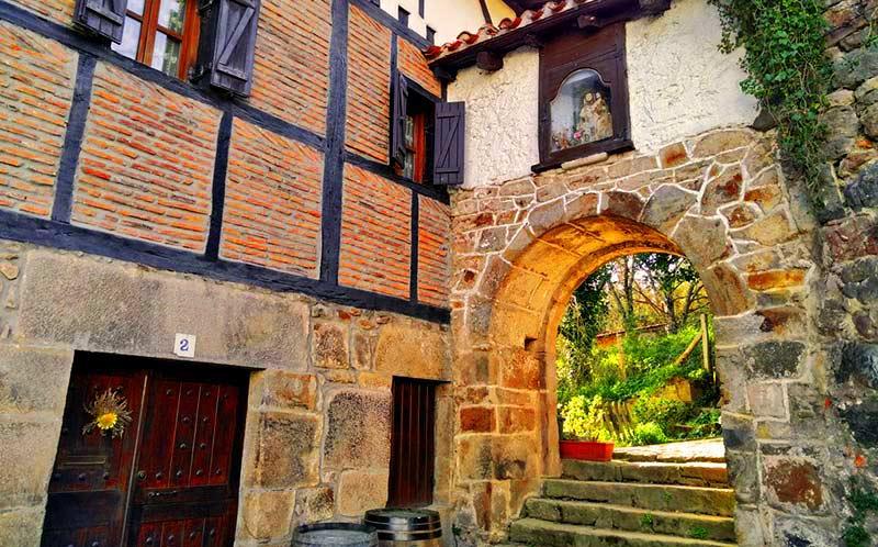 Casco Histórico de Leintz Gatzaga-Salinas de Léniz
