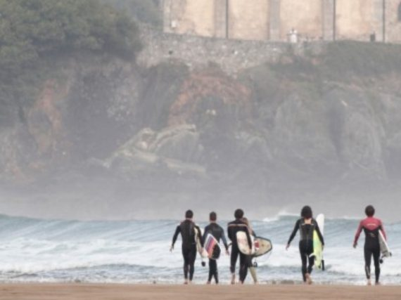 9 perfect beaches in Spain for surfing this summer