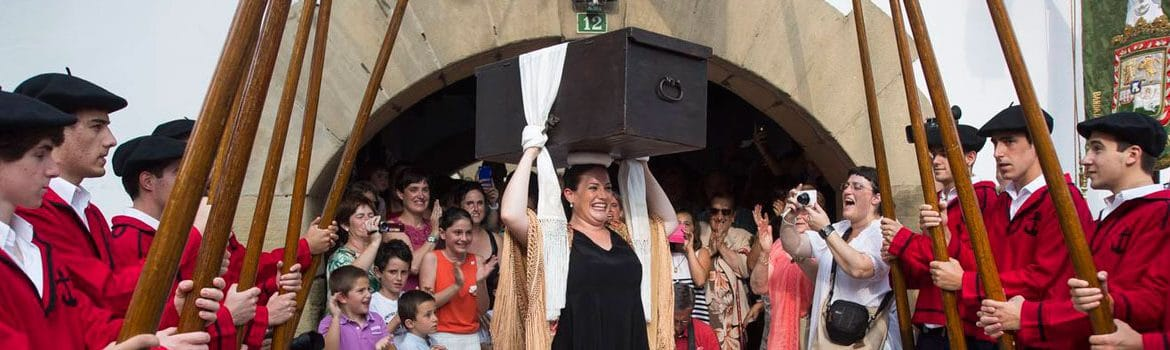 The Delivery of the Kutxa of Hondarribia Fuenterrabia