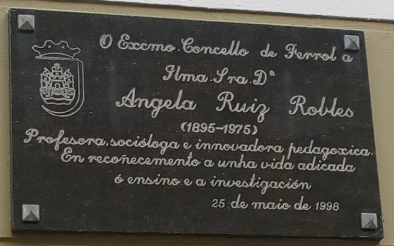 Commemorative plaque of Angela Ruiz Robles