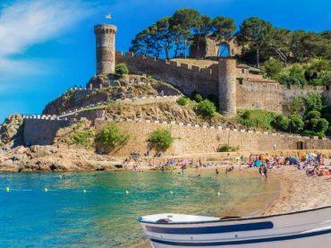 Tossa del Mar, a must-see village in Costa Brava