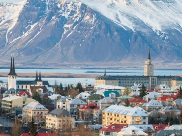 The Basque-Icelandic language, a language with whales in between
