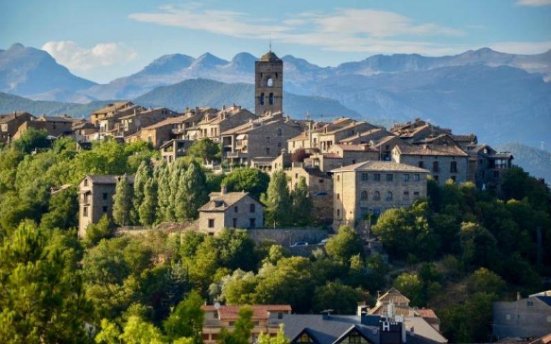 Panoramic view of Ainsa