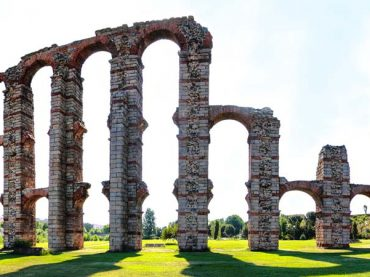 6 Wonderful Ancient Ruins in Spain