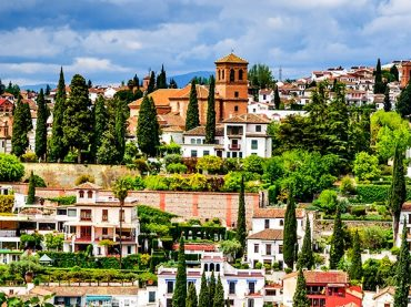 Things to Do in El Albaicín / Granada