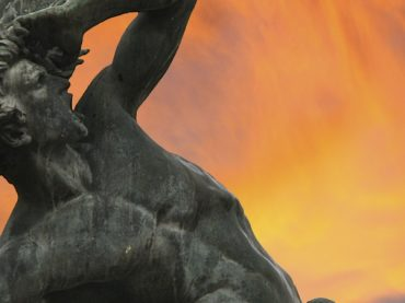 Statue of the Fallen Angel of El Retiro, the so-called gateway to hell