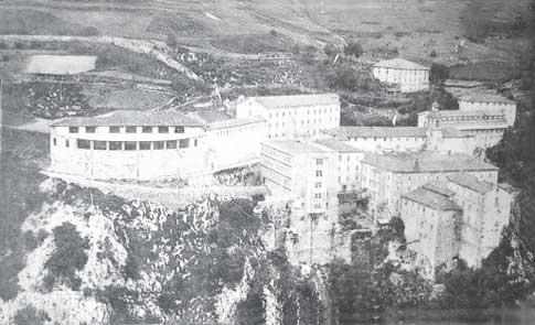 Vista del Santuario de Arantzazu en 1915