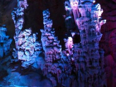 Canelobre de Busot Caves, a genuine limestone cathedral