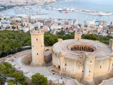 Bellver Castle, the unusual circular fortress by the Mediterranean Sea