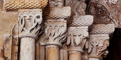 Capiteles de San Salvador de Valdedios