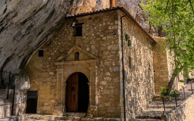 Hermitage of the Helpless