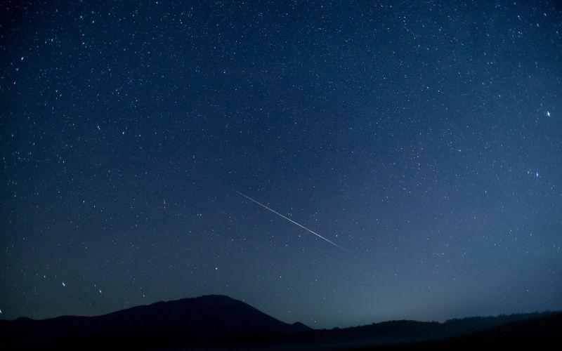 shooting star meteor