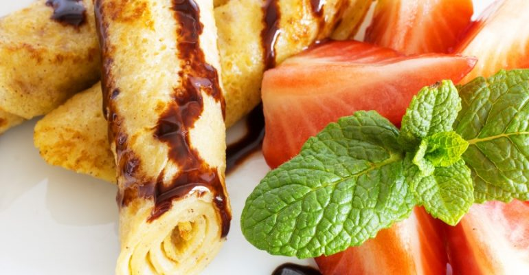 Frixuelos recipe, the Asturian dessert similar to French crepes and Galician filloas
