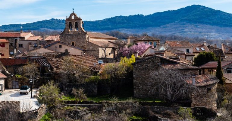 Horcajuelo de la Sierra, a charming spot in the mountains of Madrid
