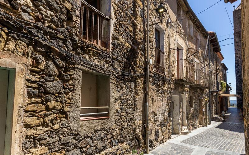 Castellfollit de la Roca streets   Shutterstock