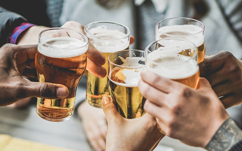 Wine vs. Beer calorie count. Which one is better?