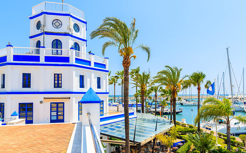 What to see in Estepona. Seaport