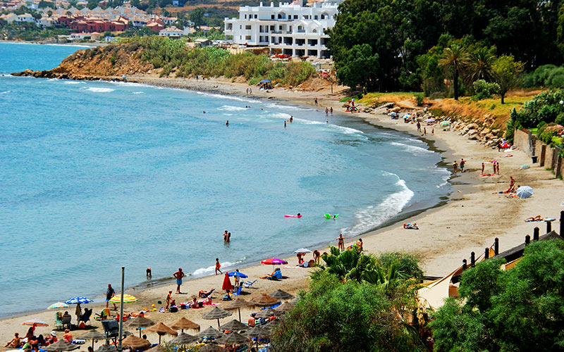 What to see in Estepona. Beaches