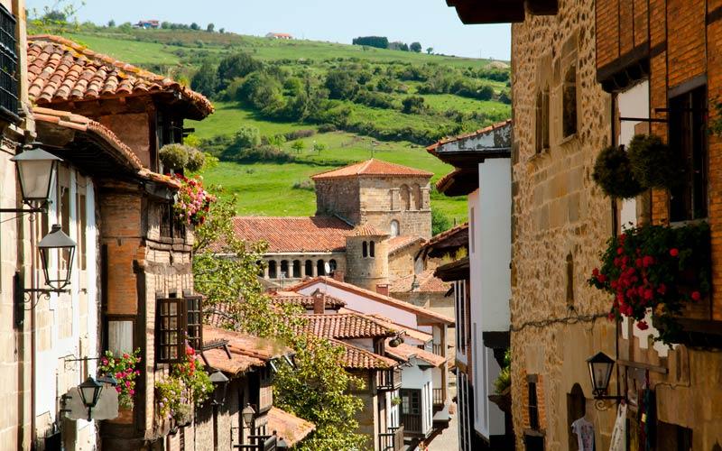 pueblos más bonitos de Cantabria: Santillana