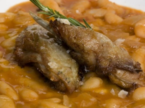 Hare with beans, traditional recipe from Sierra de Ayllon