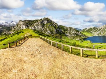 Lakes of Covadonga, a place in Asturias where to get lost and find yourself