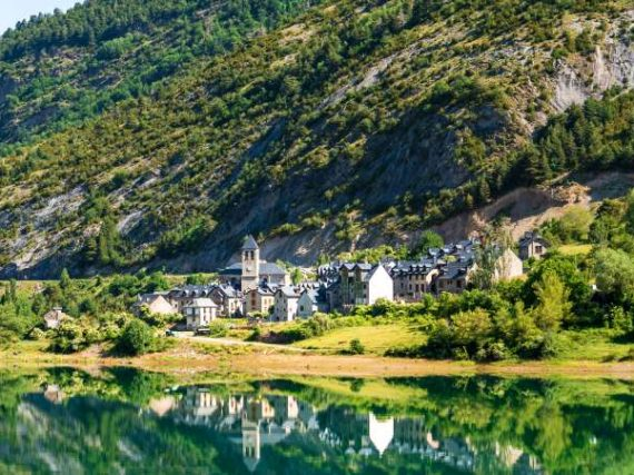 Lanuza, the Aragonese village that refused to drown