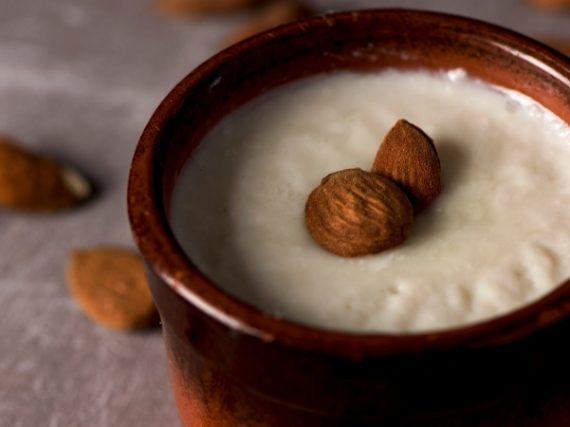 Menjar Blanc Recipe, the Traditional Custard of Terres de l'Ebre