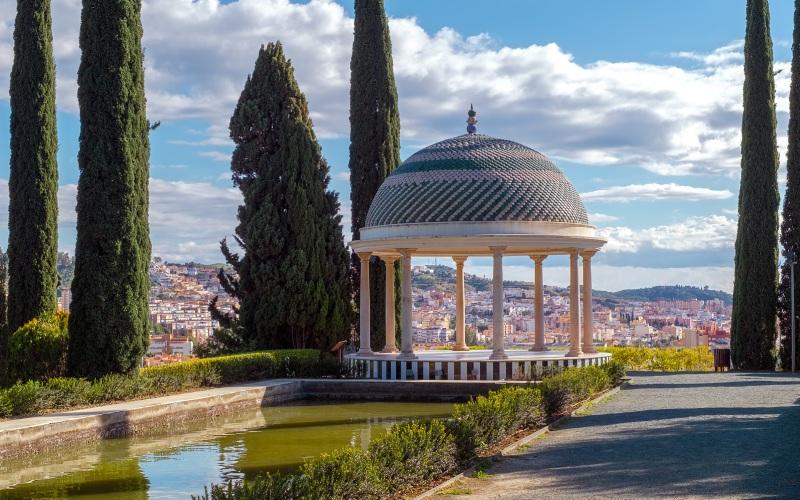 A spot full of nature and breathtaking views over Málaga.