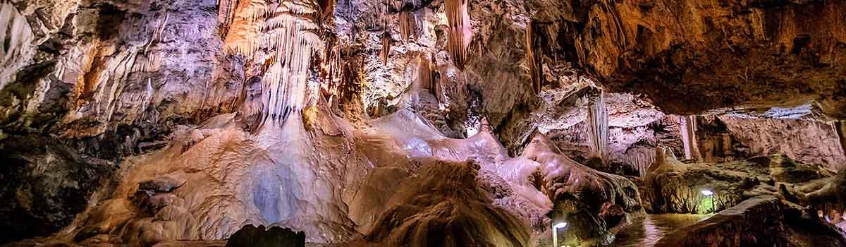 cave of valporquero