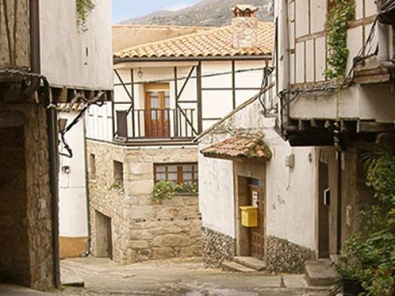 San Martín de Trevejo, the village in Extremadura where Asturian is spoken