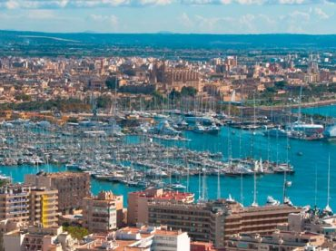 Travel Guide to Palma de Mallorca