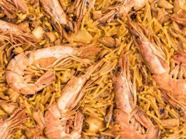 Spanish Seafood Fideuá Recipe