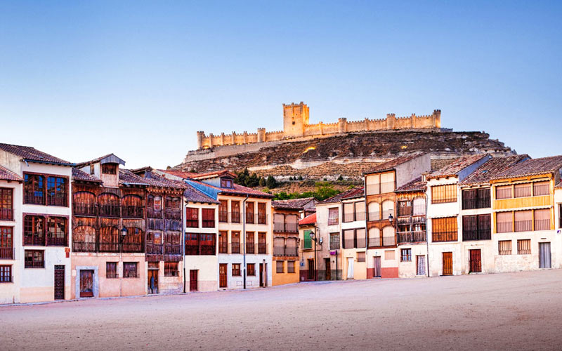 5 spectacular squares in Spanish towns