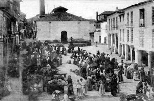 Foto antigua de la Plaza de las Verduras en Pontevedra capital