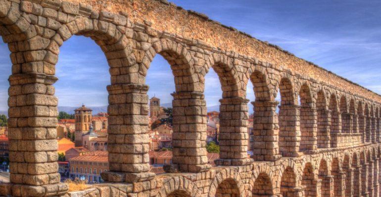 The aqueduct of Segovia | 7 Wonders of Ancient Spain