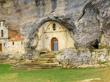 Ojo Guareña cave, more than 100 kilometers of long caves and galleries