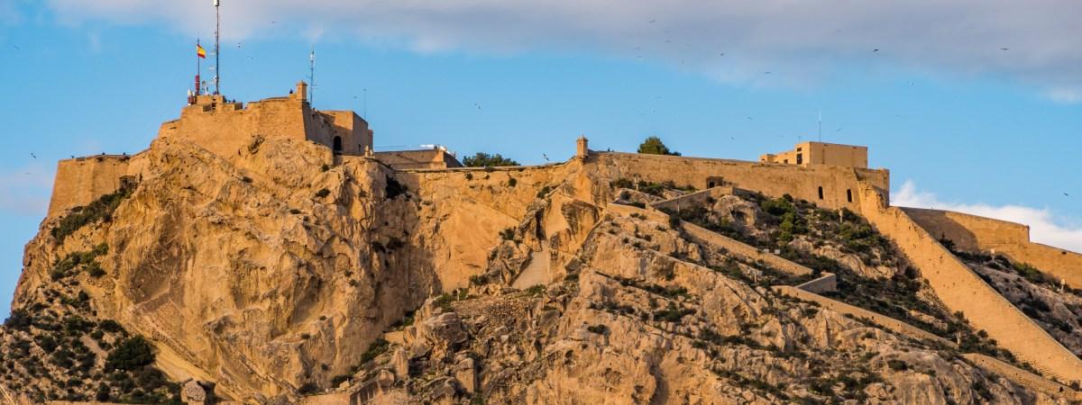 Santa Bárbara Castle, the medieval fortress that overlooks the Levante coast