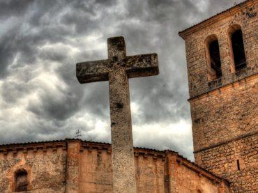 The Church of the Vera Cruz in Segovia, an atmosphere of legend