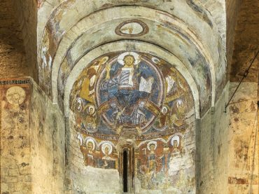San Clemente de Tahull Church, paintings that come to life