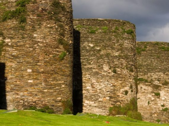 The Roman Wall of Lugo, the best preserved in the world