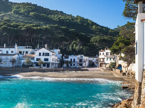 11 Coastal Towns in Spain to Discover this Summer