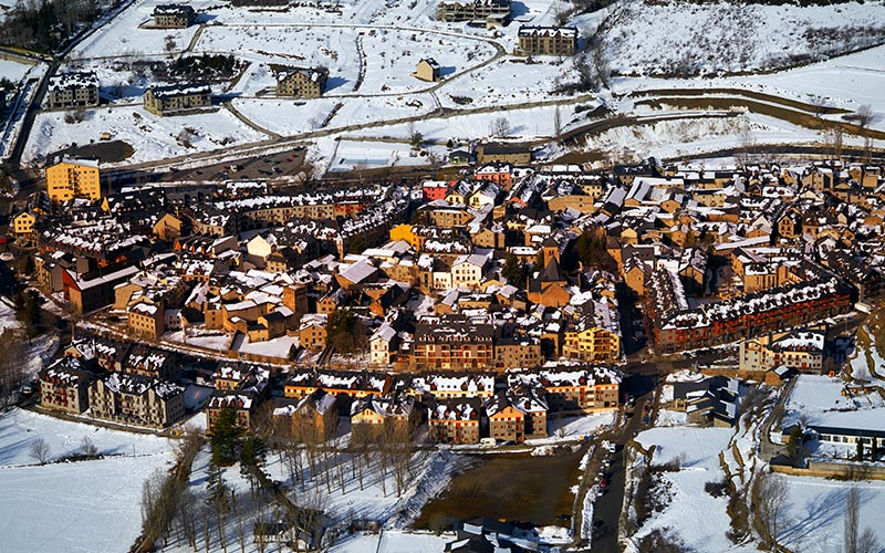 Fairy-Tale Spanish Towns to Visit at Christmas: Benasque