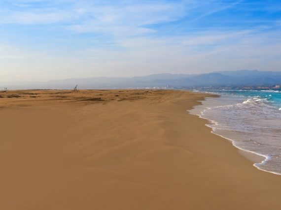 The 13 longest beaches in Spain, miles of paradise