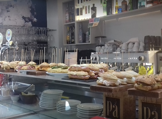 comer en Salinas de Añana
