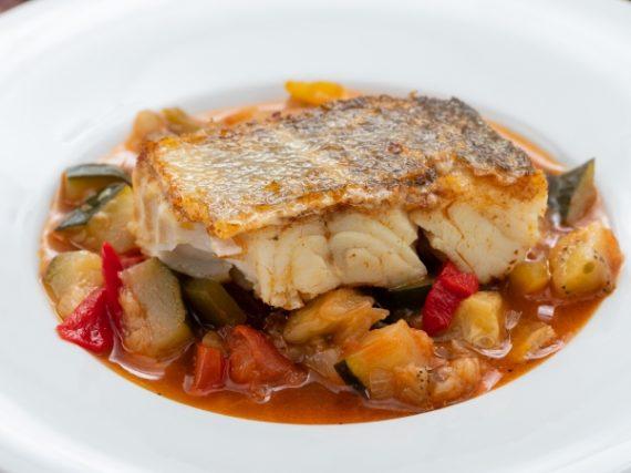 Recipe for samfaina with cod, the Catalan ratatouille