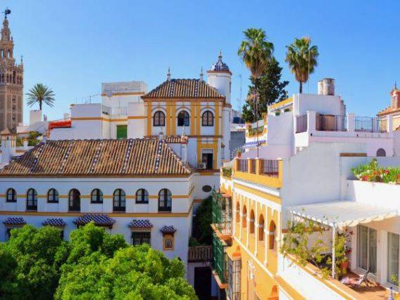 Santa Cruz de Sevilla, a mixture of civilizations