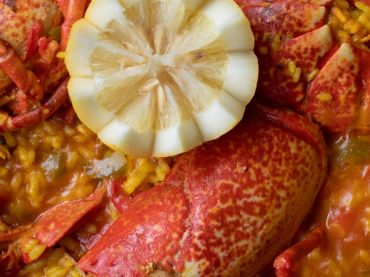 Rice with lobster recipe, the perfect rice for a special occasion