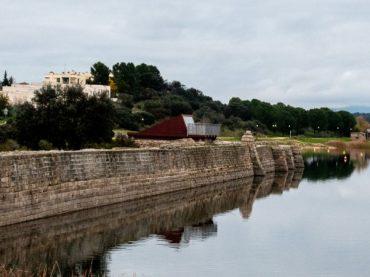 Proserpina Dam, bathing in the oldest Roman reservoir in Spain | A Weekend Getaway