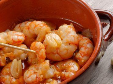 Gambas al ajillo, the Spanish delicious shrimp with garlic