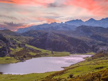 Lakes of Covadonga, a place in Asturias to get lost and find peace